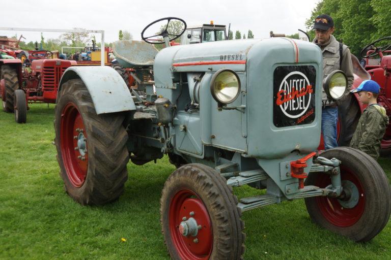 Tracteurs en Weppes